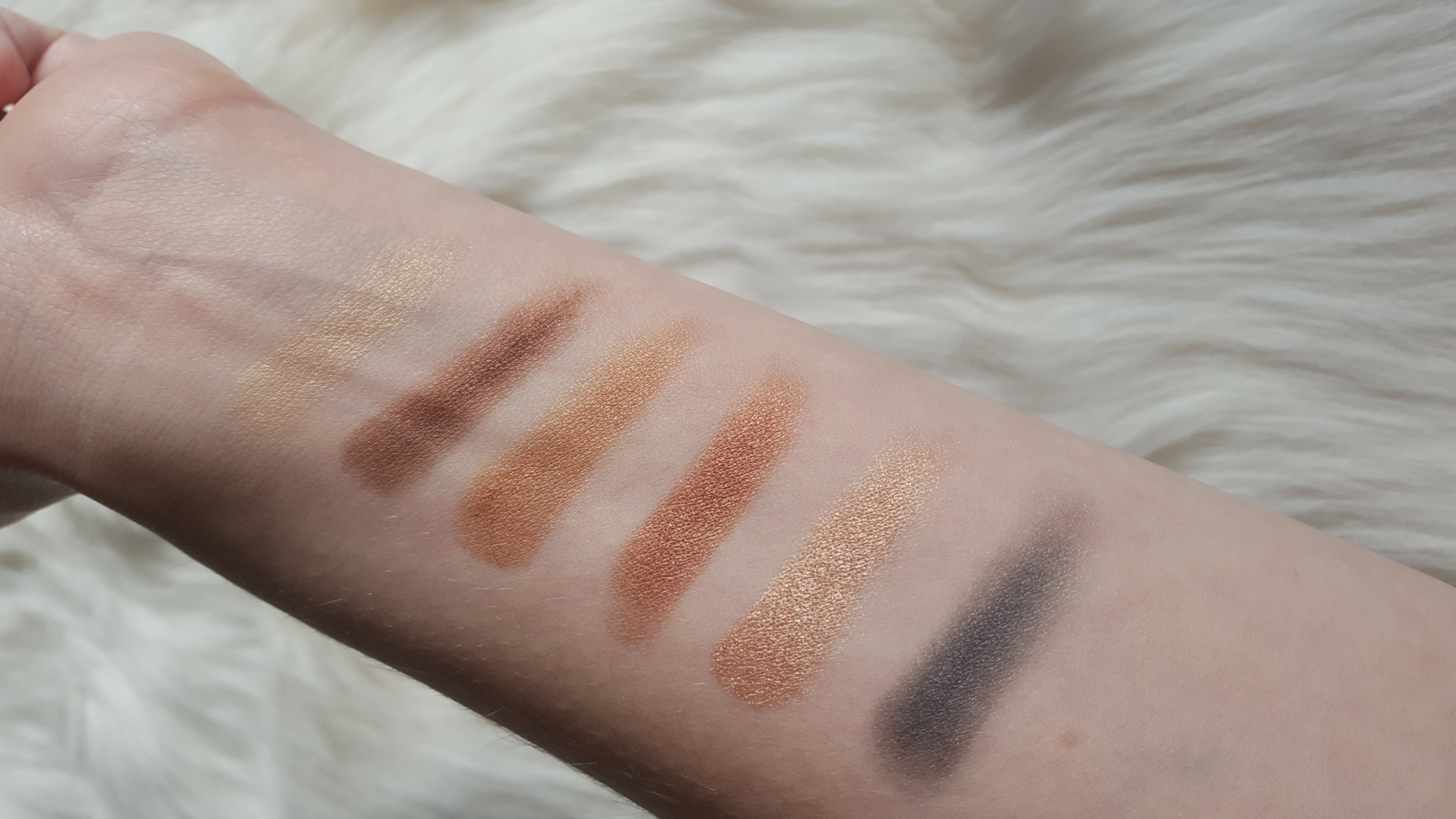 abh-master-palette-top-row